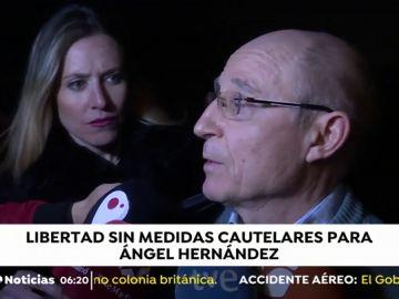 Ángel Hernández a su salida de prisión
