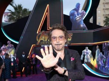 Robert Downey Jr en la premiere de 'Vengadores'