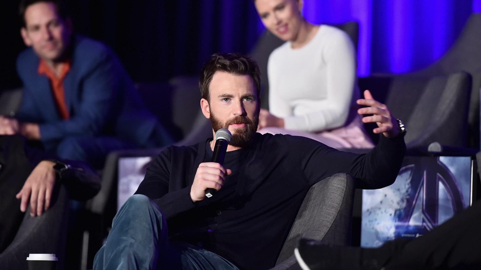 Chris Evans en un evento de 'Vengadores: Endgame'