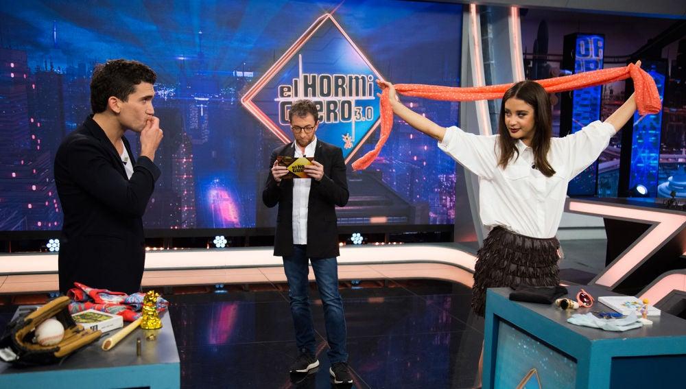 María Pedraza y Jaime Lorente demuestran cuánto se conocen en este divertido juego de 'El Hormiguero 3.0'