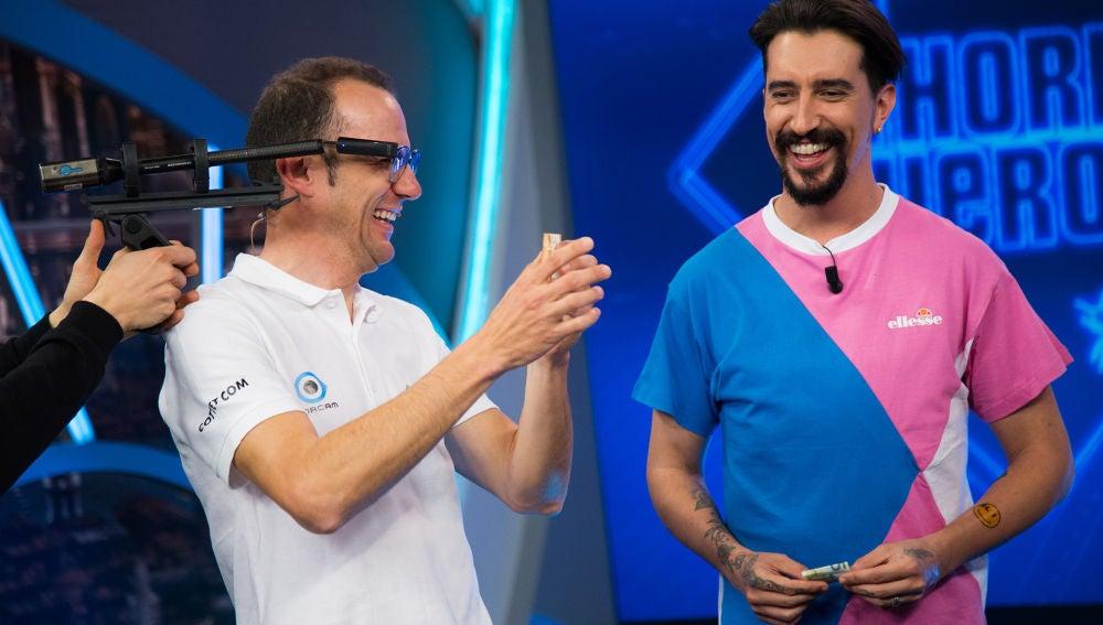 María Pedraza y Jaime Lorente alucinan en 'El Hormiguero 3.0' con este genial sistema de reconocimiento visual