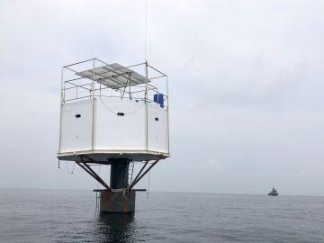 Vista de la vivienda flotante o 'Seastead' construida en el Mar de Andamán, a unas 12 millas náuticas de la costa de Phuket, en Tailandia