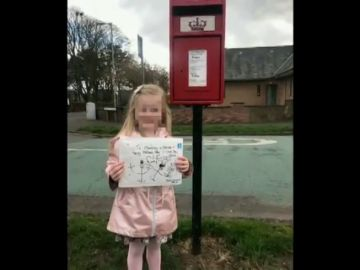 Una niña de cuatro años envía una carta a su madre muerta y recibe una conmovedora respuesta
