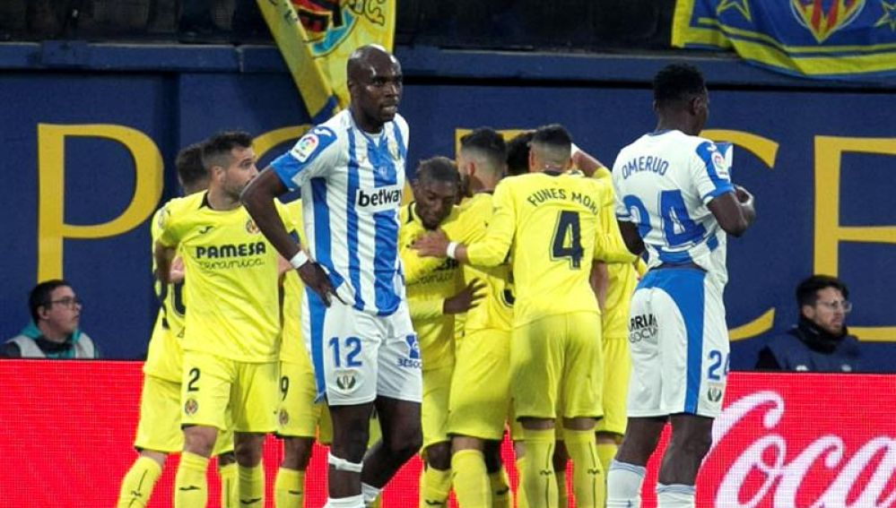 Los jugadores del Villarreal celebran un gol ante el Leganés