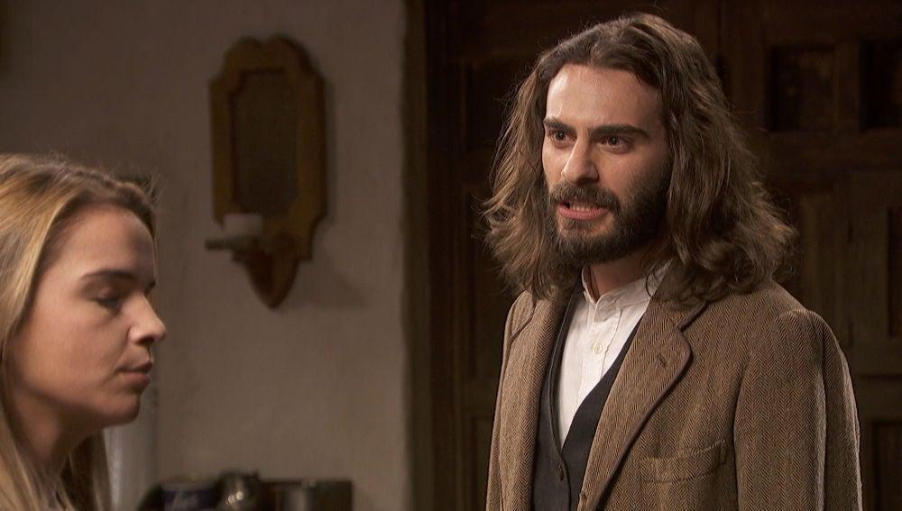 Isaac, desesperado, amenaza a Antolina con denunciarla