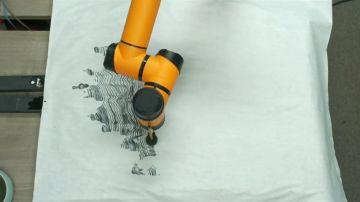 Géminis, el robot que pinta usando técnicas milenarias
