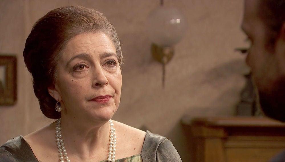 Francisca Montenegro a Fernando: ¿Por qué demonios has vuelto a Puente Viejo?