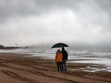 El temporal de lluvia se ha intensificado esta tarde en Torrevieja