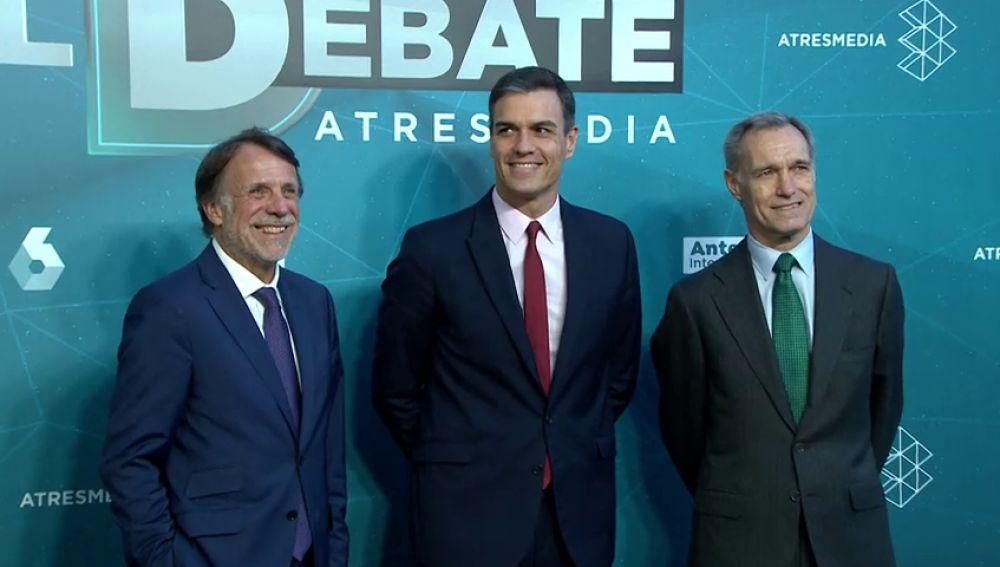 La llegada de Pedro Sánchez al debate decisivo de Atresmedia