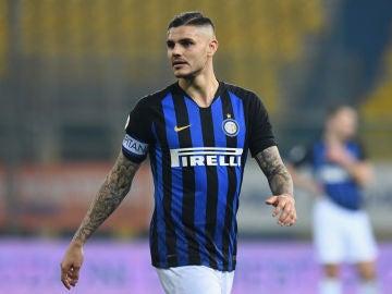 Mauro Icardi portando el brazalete de capitán.