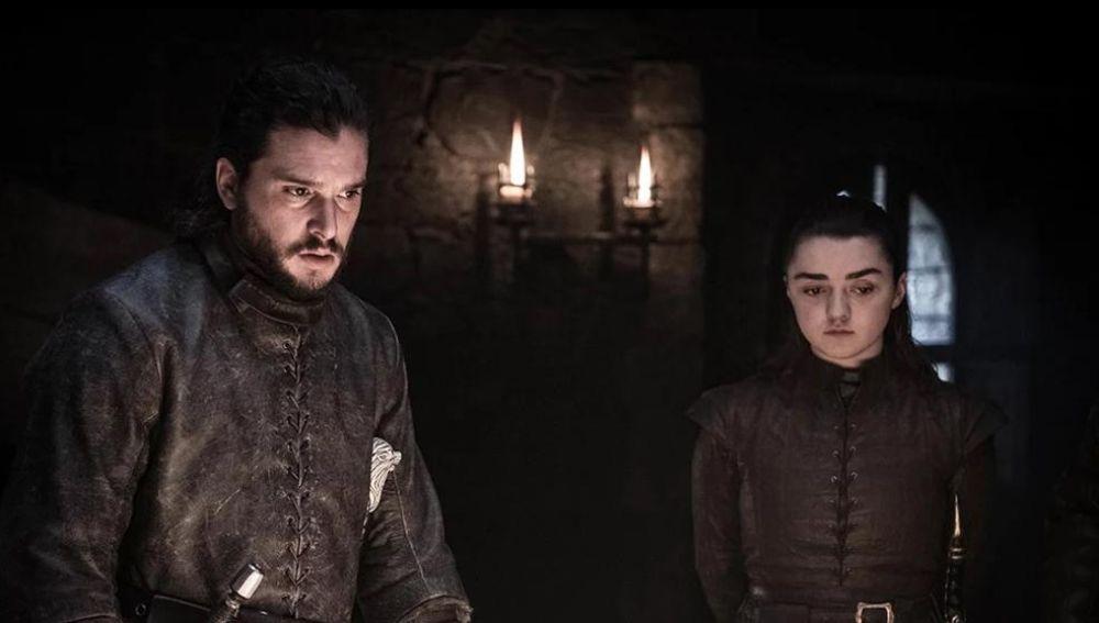Jon Snow y Arya Stark en 'Juego de Tronos'