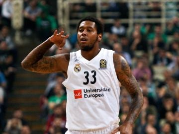 Trey Thompkins, en un partido con el Real Madrid