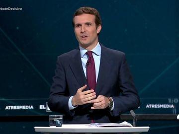 """Rifirrafe entre Casado y el presidente: """"Aquí el más mentiroso es el señor Sánchez"""""""