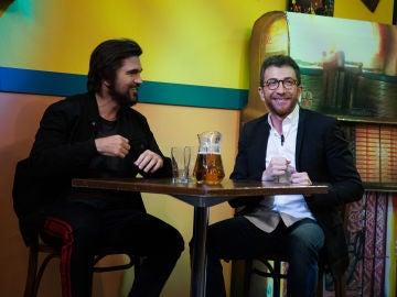 'El Hormiguero 3.0' recrea el videoclip del nuevo single de Juanes, al revés