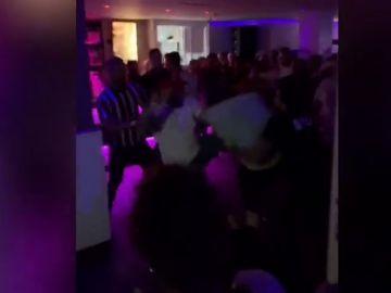 Brutal pelea en una discoteca al sur de Tenerife entre turistas extranjeros