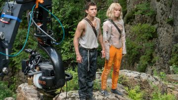 Tom Holland y Daisy Ridley en 'Chaos Walking'