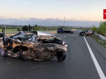 Un muerto y tres heridos leves en un accidente de tráfico con cuatro vehículos en la localidad madrileña de Fuente el Saz de Jarama