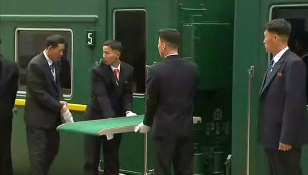 Kim Jong-un y sus exigencias para viajar en el tren blindado