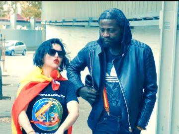 El rap viral, 'Superfacha', de Vox protagonizado por el simpatizante camerunés Bertrand Ndongo