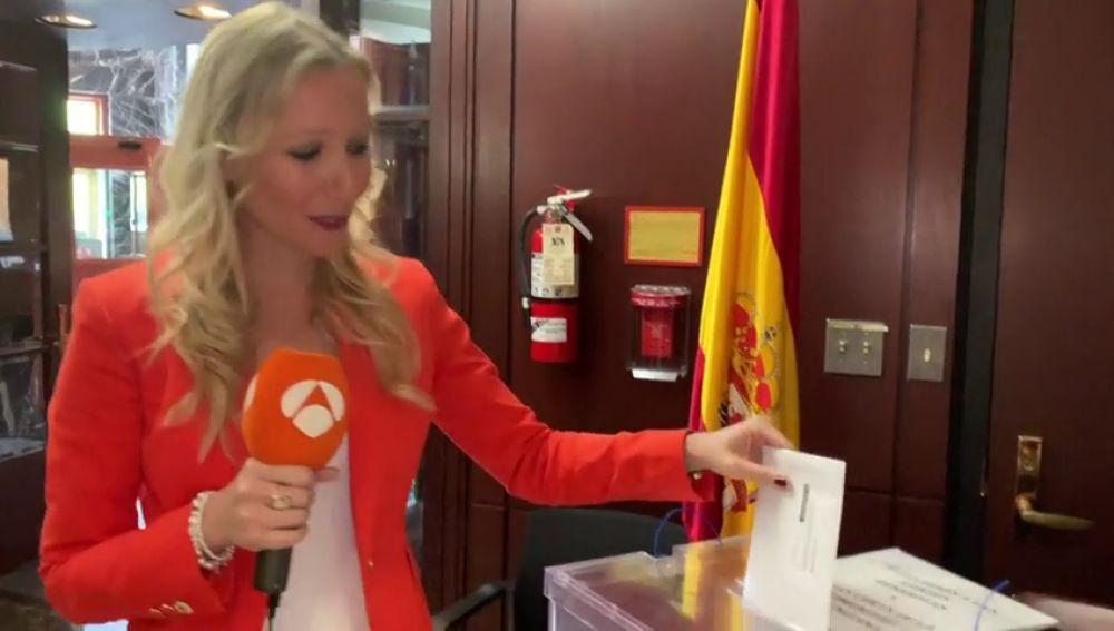 Los españoles que residen en el extranjero iniciaron el proceso de votación hace casi dos meses