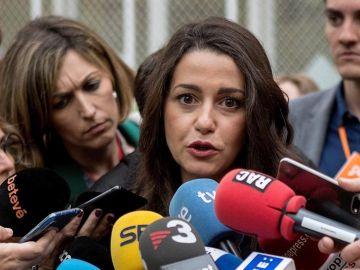 Inés Arrimadas, después de votar