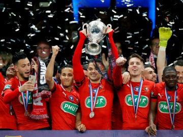 El Rennes levanta la Copa de Francia