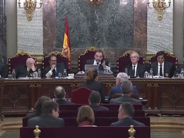 Las defensas del juicio del 'procés' intentan acreditar la cifra de mil heridos que sostiene el Govern