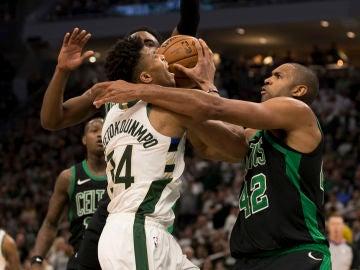 Los Celtics detienen a Antetokounmpo