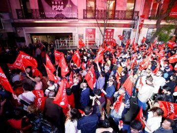 Vista del exterior de la sede del PSOE en Madrid