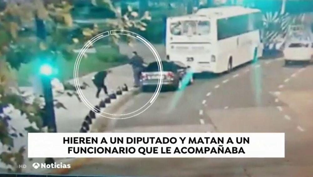 En estado grave un diputado de Argentina tras recibir un disparo en los aledaños del Congreso