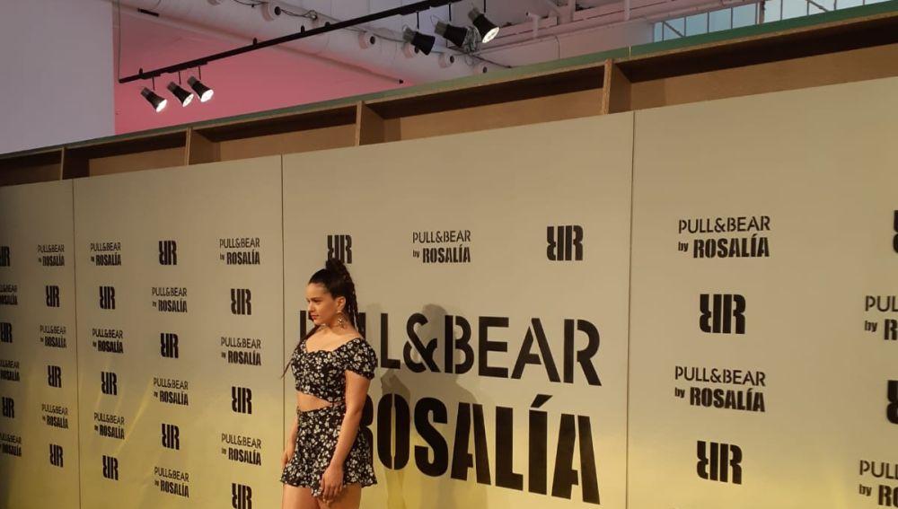 Rosalía presenta su nueva colección de ropa