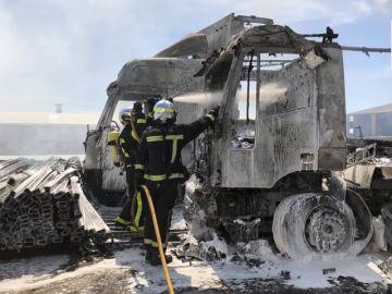 Una veintena de personas heridas en un accidente múltiple con doce vehículos en Barcelona