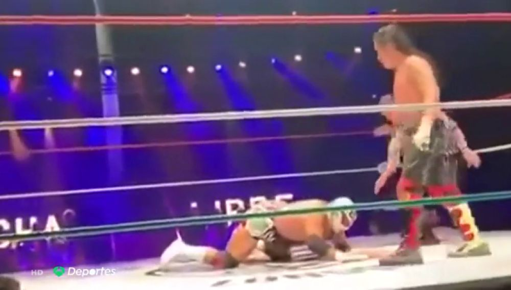 Tragedia en la lucha libre de México: Silver King muere en pleno combate tras sufrir un ataque al corazón