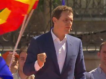 """Nueva promesa electoral de Rivera: """"Por cada euro de IRPF e impuestos que suba Sánchez, me comprometo a bajarlo con los tramos autonómicos"""""""