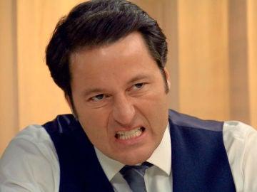 Ascensión presiona a Gabriel hasta hacerle confesar estar detrás del asalto al hotel