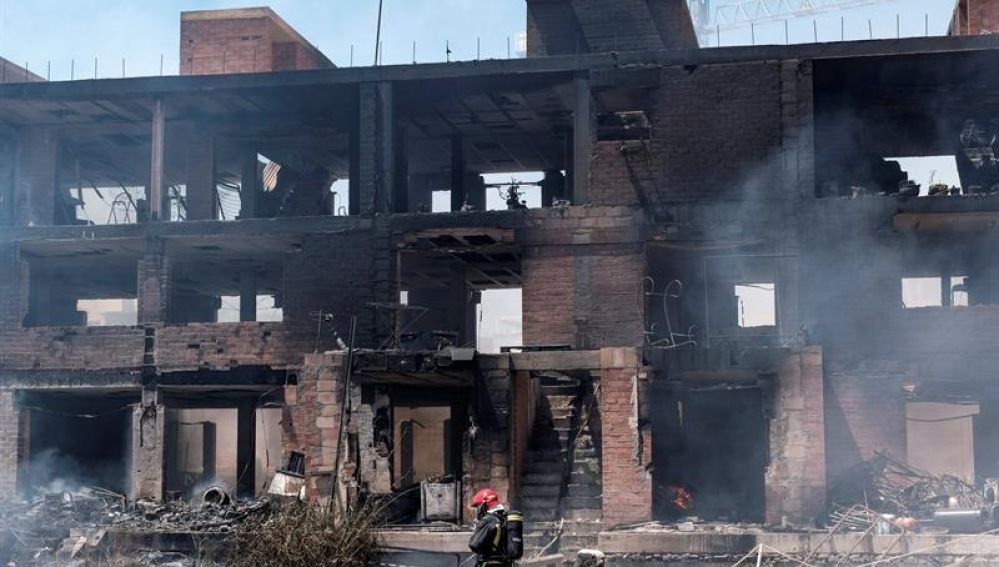 Así ha quedado el edificio okupado tras un incendio