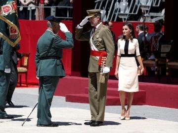 Los Reyes presiden el acto conmemorativo del 175 aniversario de la fundación de la Guardia Civil