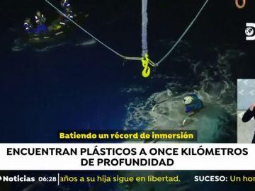 Encuentran plástico en el punto más profundo del planeta