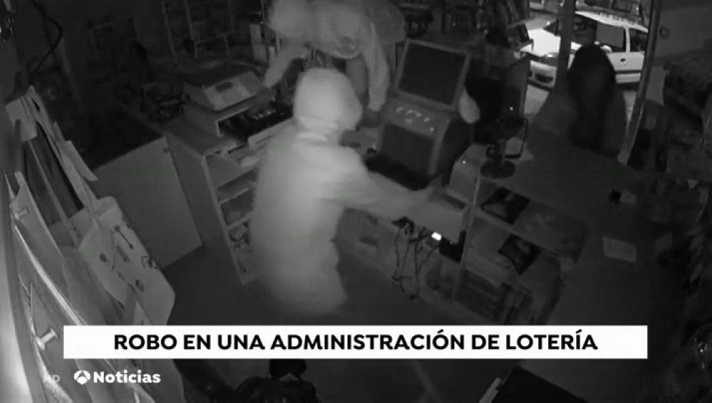 Espectacular asalto en una administración de lotería
