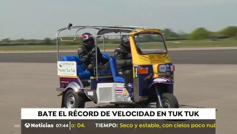 Récord de velocidad en Tuc Tuc