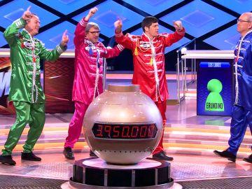 Los 60 llegan a '¡Boom!' y el equipo de 'Los Lobos' se transforma en... ¡The Beatles!