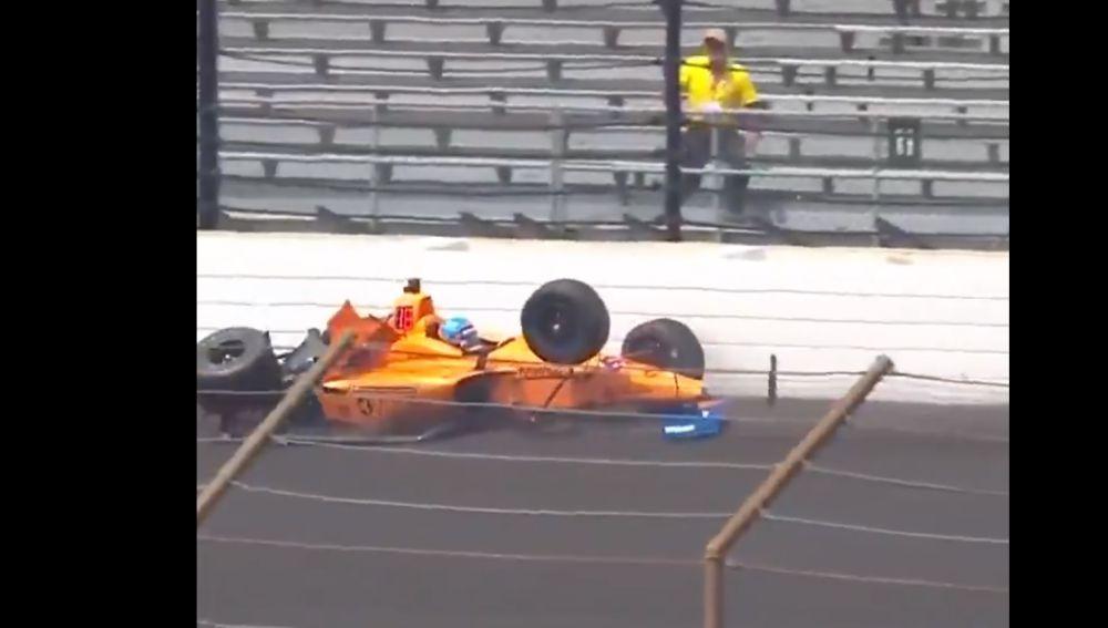Accidente de Fernando Alonso en Indianápolis