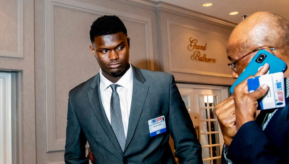 Zion Williamson, en el evento del sorteo de elección del Draft