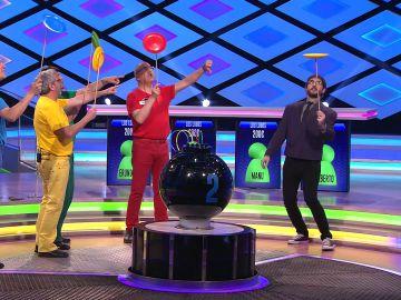 Las trampas de Juanra Bonet en '¡Boom!' en el reto de dar vueltas al disco chino