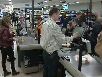 Mercadona refuerza su plantilla con casi 9 mil trabajadores