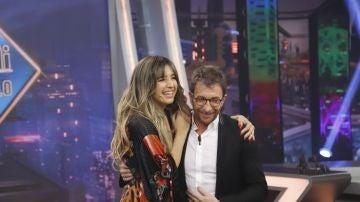 Lola Índigo y su último single 'Maldición', cautivan el plató de 'El Hormiguero 3.0'