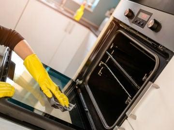 Limpiar el horno