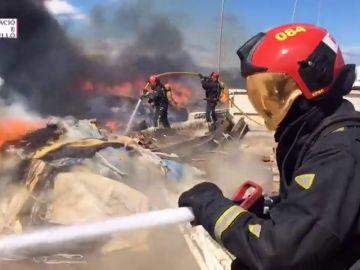 Incendio en una planta de reciclaje en Castellón