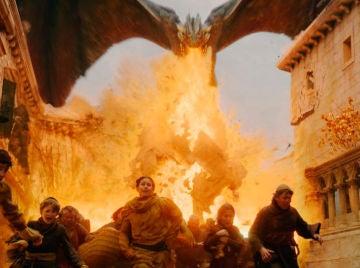 Drogon arrasando Desembarco del Rey