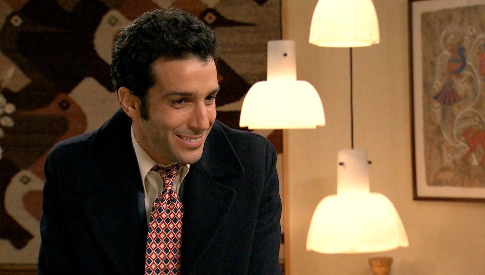 Ignacio, celoso de la relación de Amelia y Marcelino